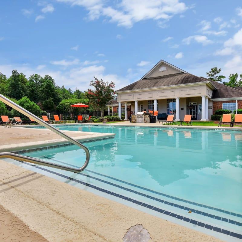 Resort-style swimming pool at Hunter's Run in Macon, Georgia