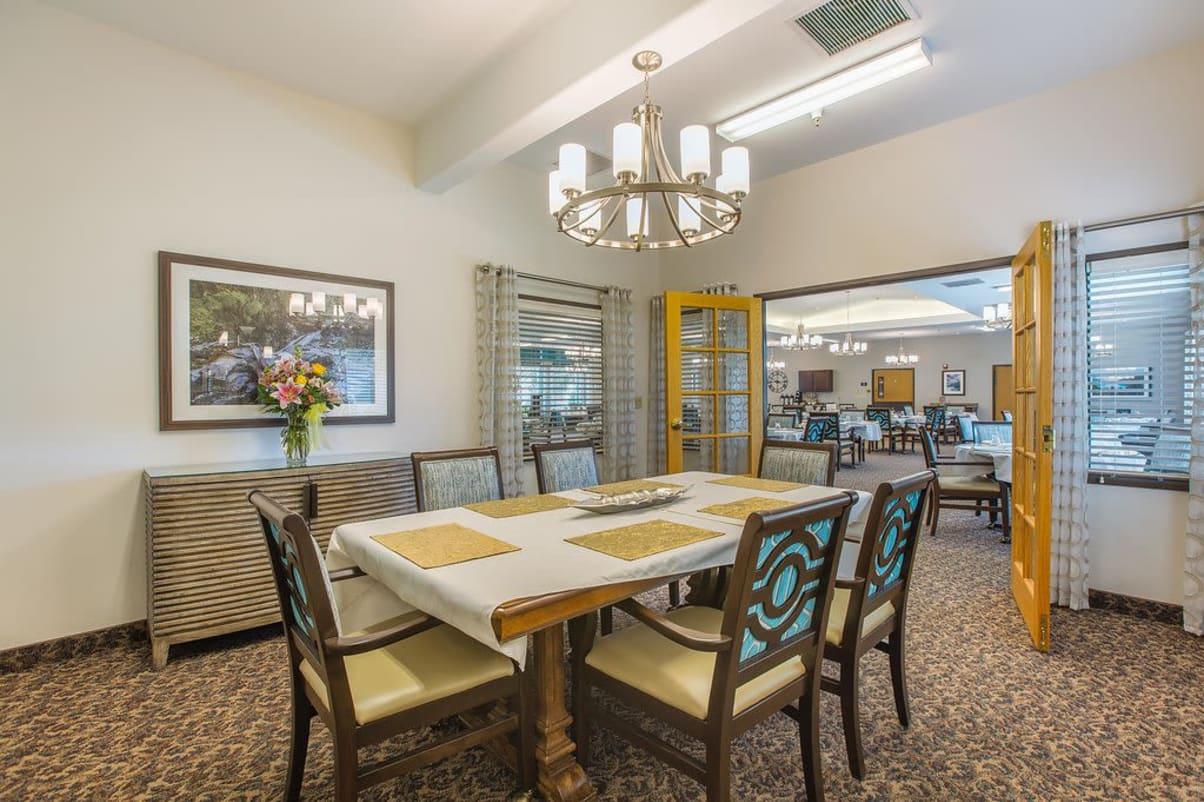 Dining room at Sun Terrace Hermiston