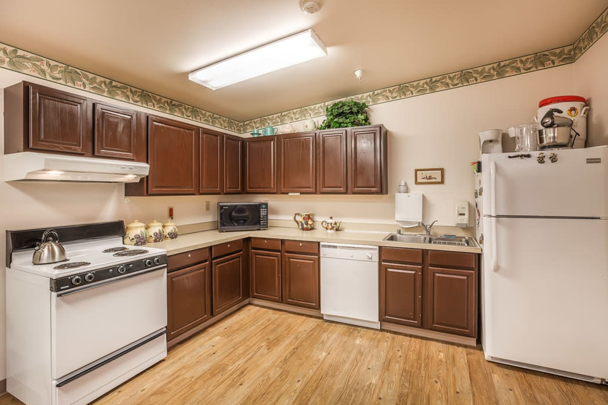 Fully equipped kitchen at Sun Terrace Hermiston