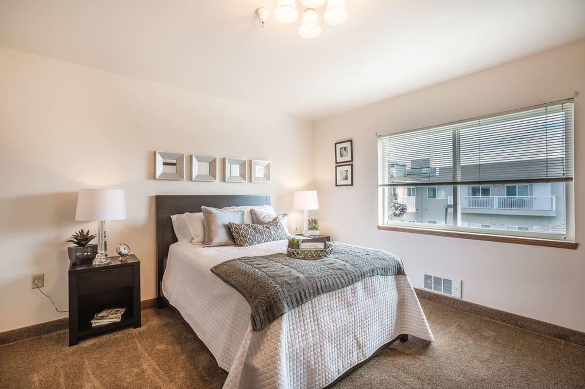 Beautiful model room bedroom at Sun Terrace Hermiston