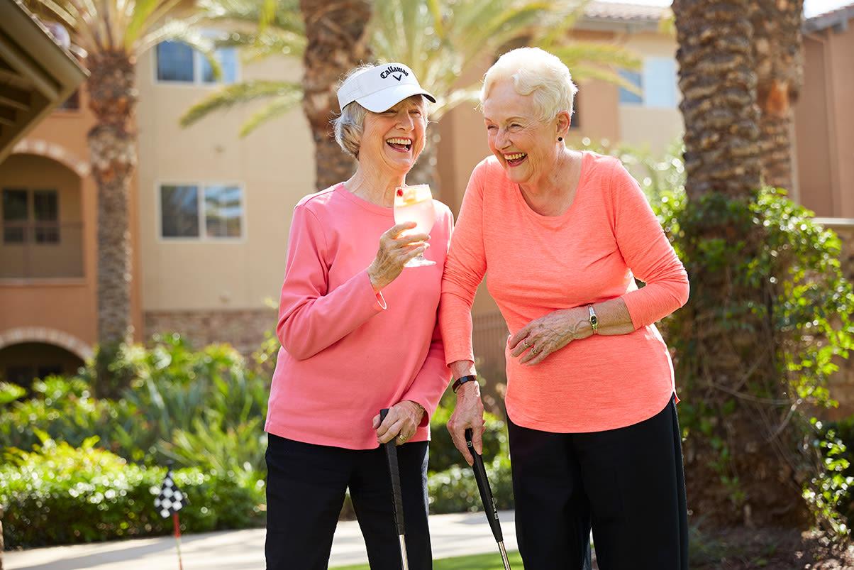 Enjoy the Corona senior living lifestyle at Valencia Terrace