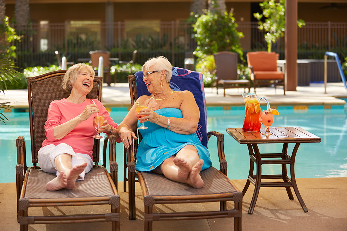 Wonderful services and amenities at the senior living community in Corona