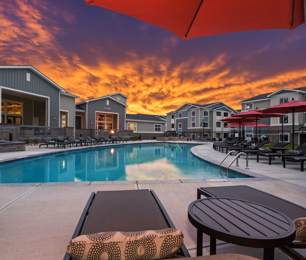 The Overlook at Interquest's pool at sunset in Colorado Springs, Colorado