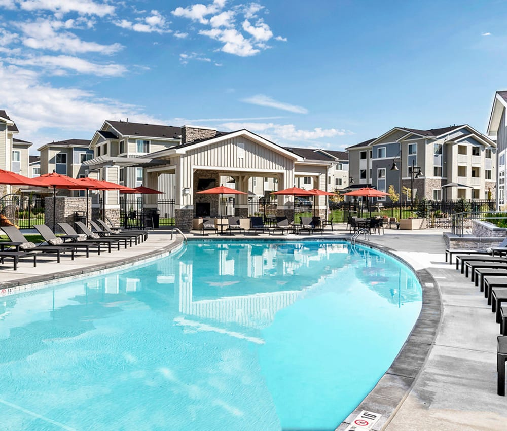 The Overlook at Interquest offers a large swimming pool in Colorado Springs, Colorado