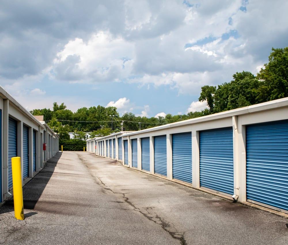 LArge driveways through AAA Self Storage at W Market St in Greensboro, North Carolina