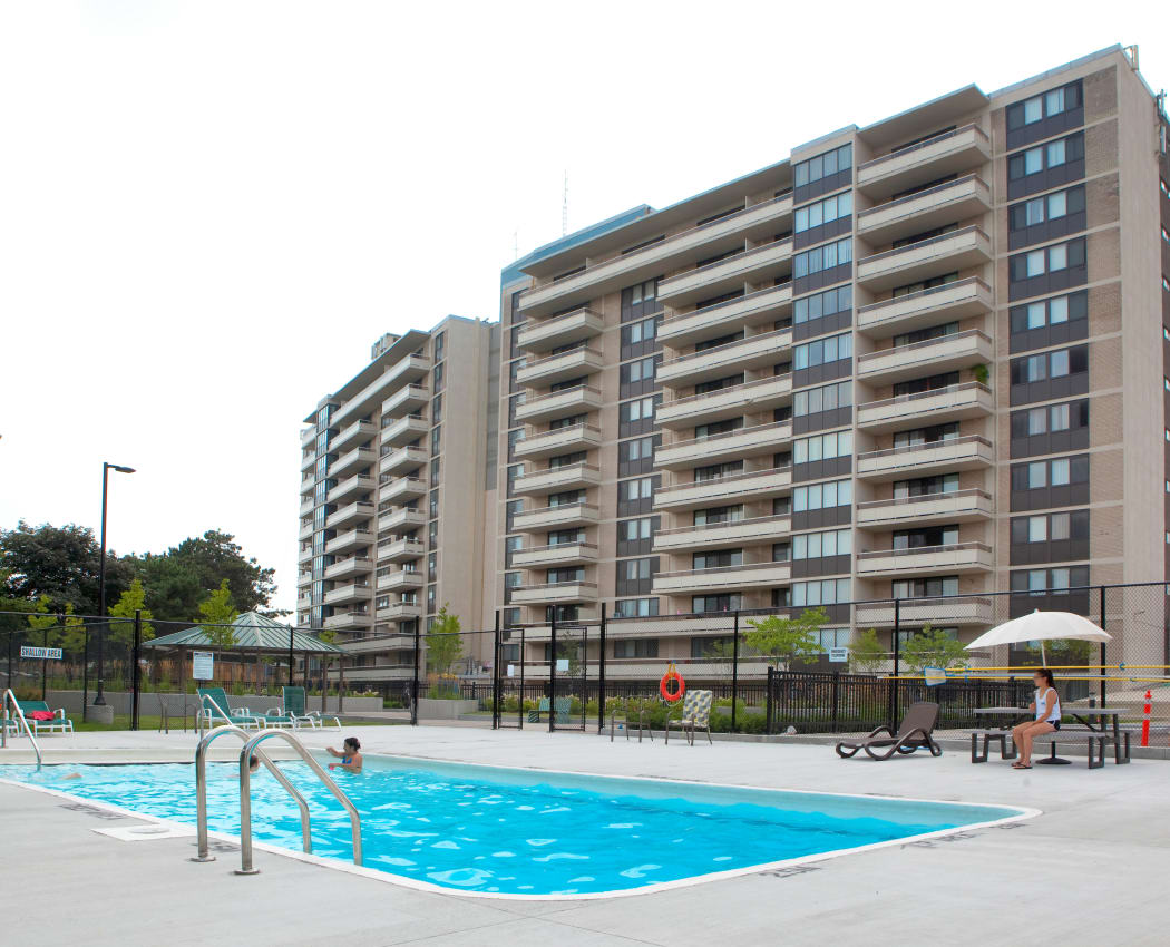 Beautiful swimming pool at apartments in Mississauga, Ontario