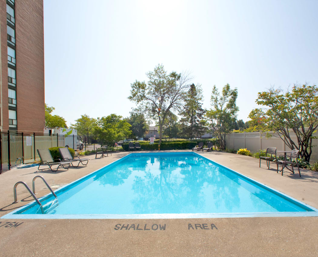 Our apartments in Mississauga, Ontario showcase a modern swimming pool