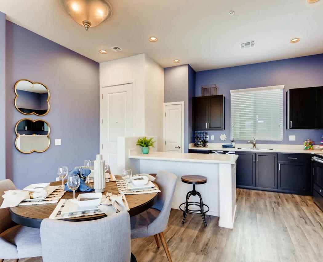Dining room at Avilla Centerra Crossings in Goodyear, Arizona