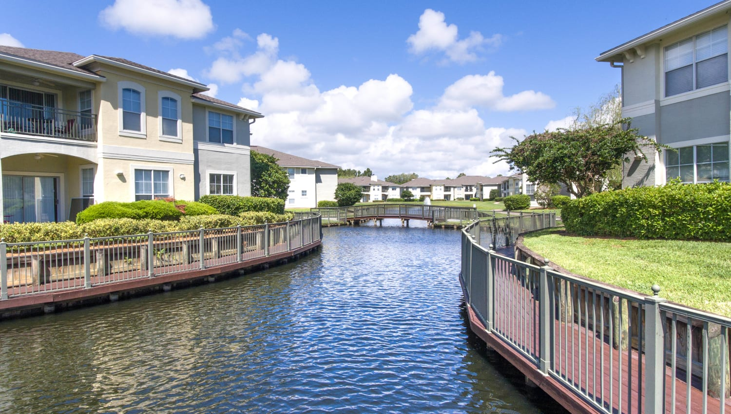 Resident buildings on the lake at Cape House in Jacksonville, Florida