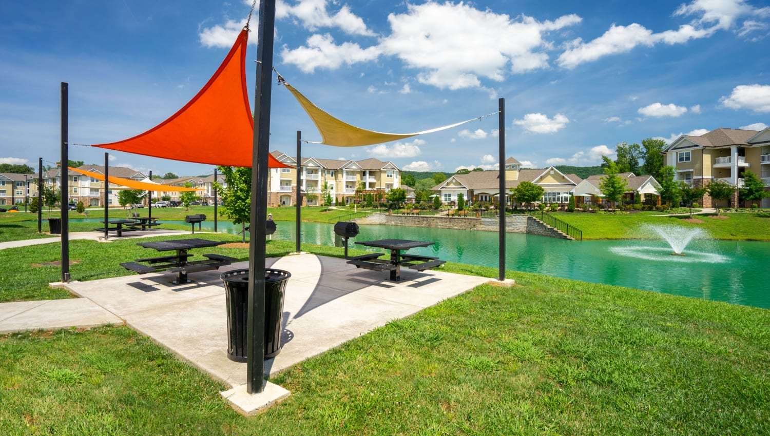 Shaded picnic area at Legends at White Oak in Ooltewah, Tennessee