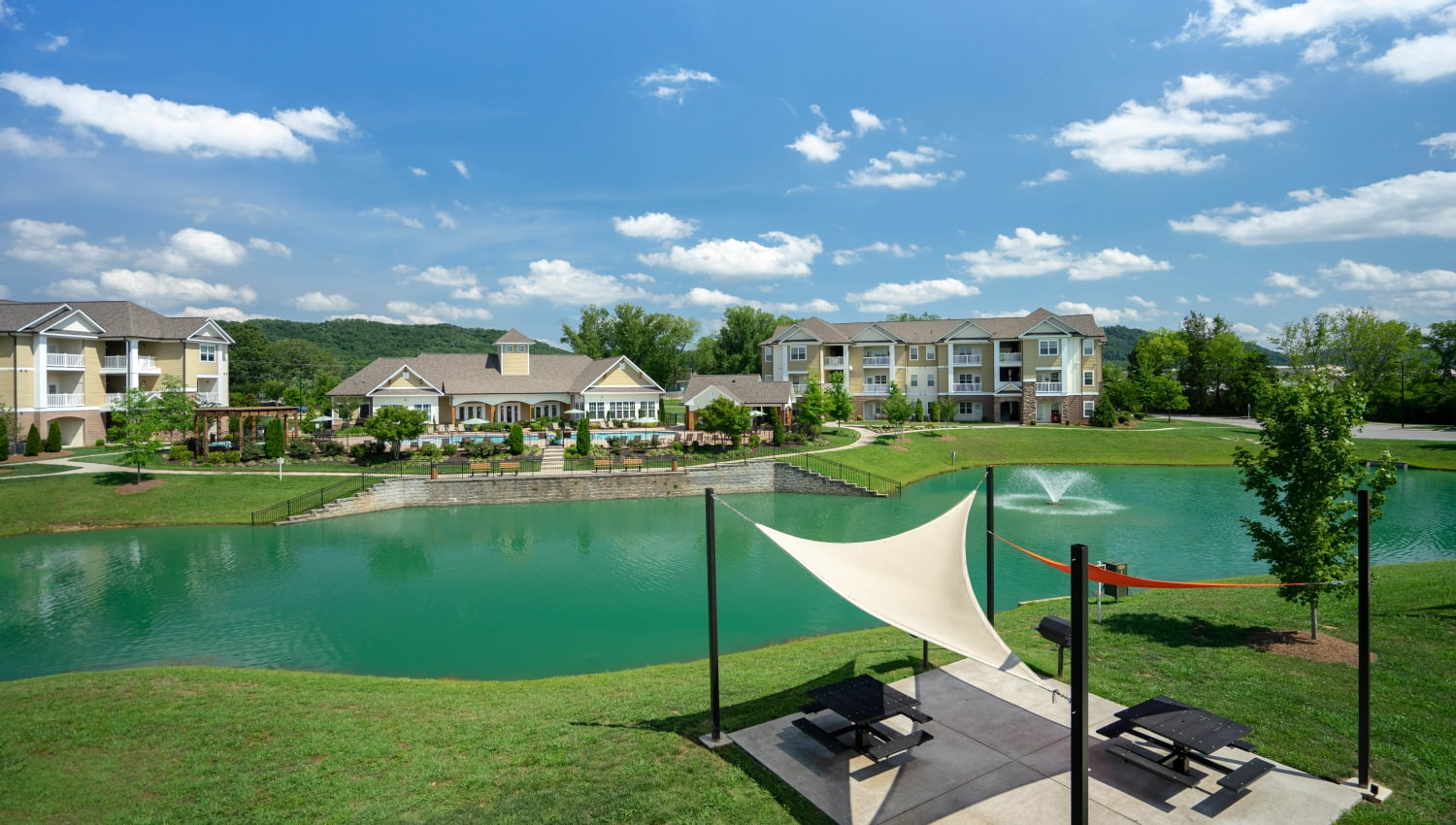 Picnic area near the lake at Legends at White Oak in Ooltewah, Tennessee