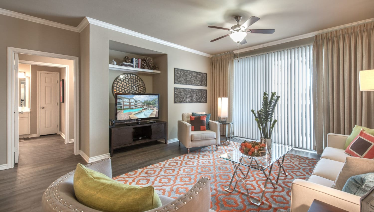 Large living room at Olympus 7th Street Station in Fort Worth, Texas