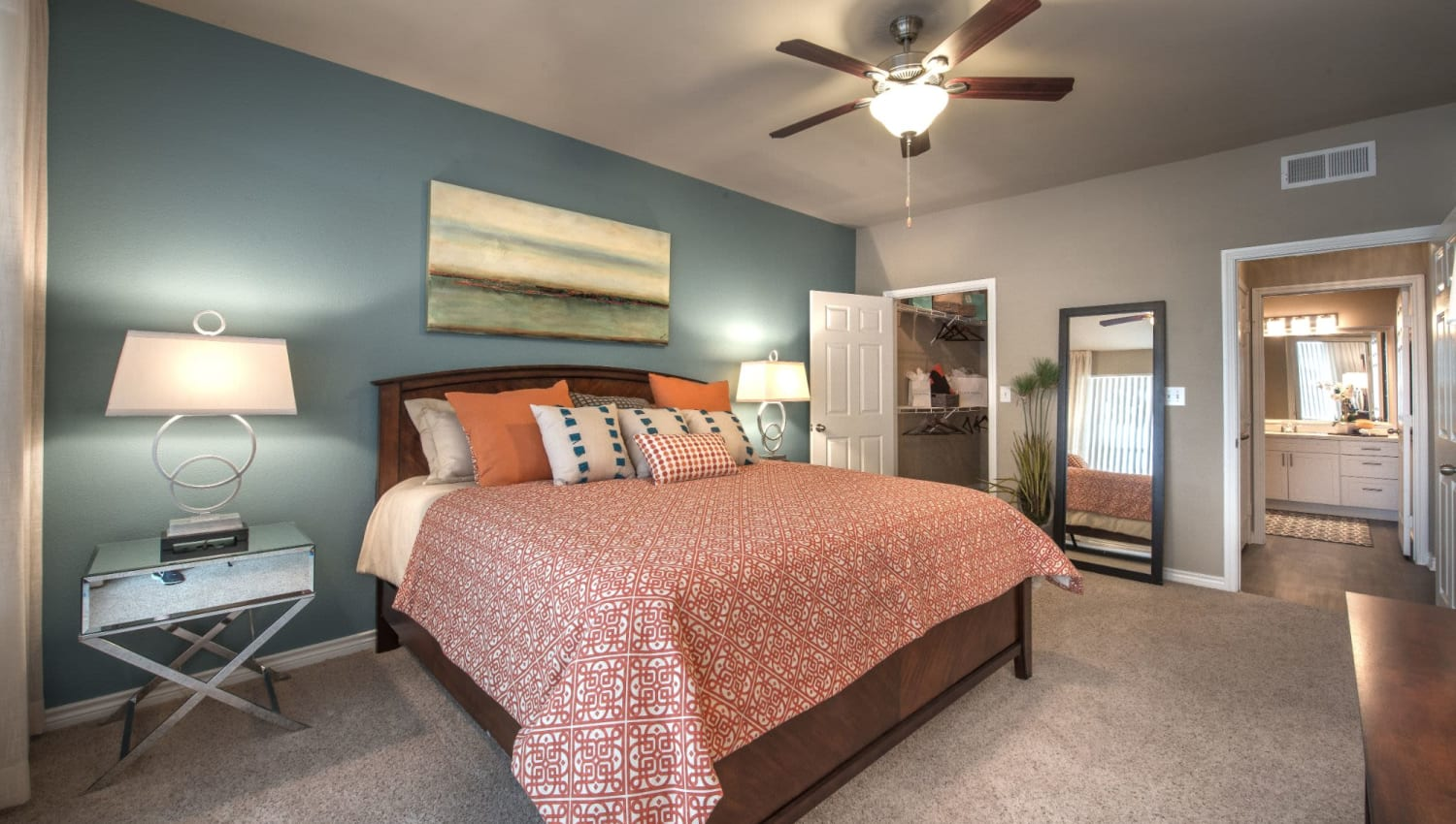 Great interior finishes in bedroom at Olympus 7th Street Station in Fort Worth, Texas