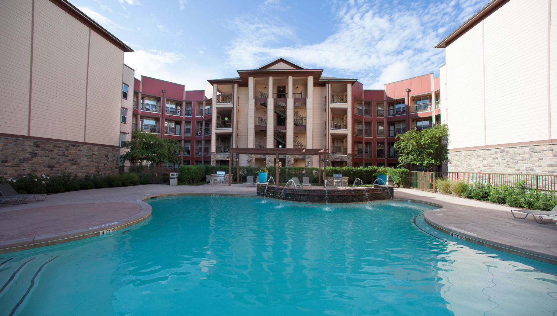 Beautiful resort-style swimming pool at Olympus Katy Ranch in Katy, Texas