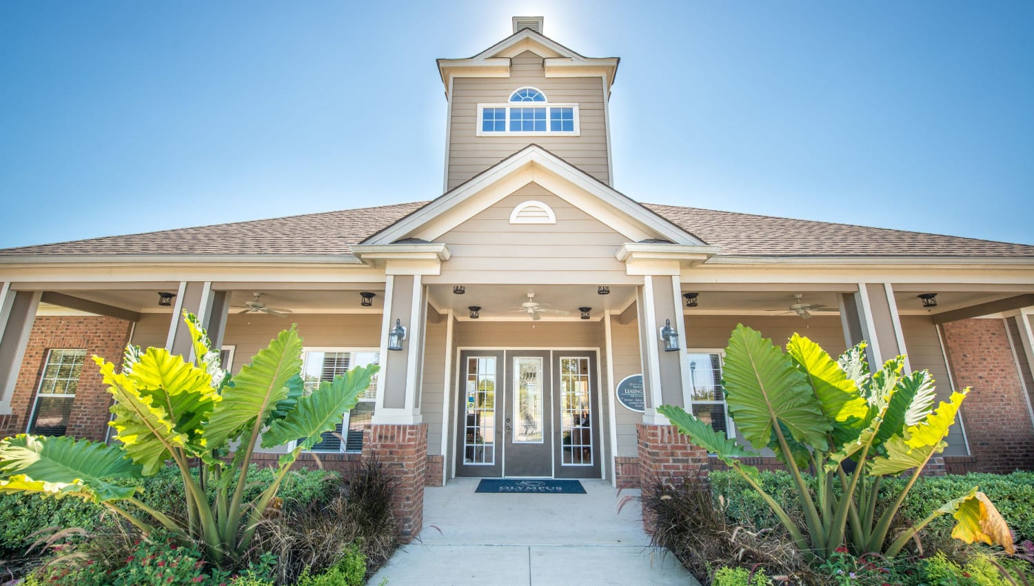 Resident clubhouse entrance at Odyssey Lake in Brunswick, Georgia
