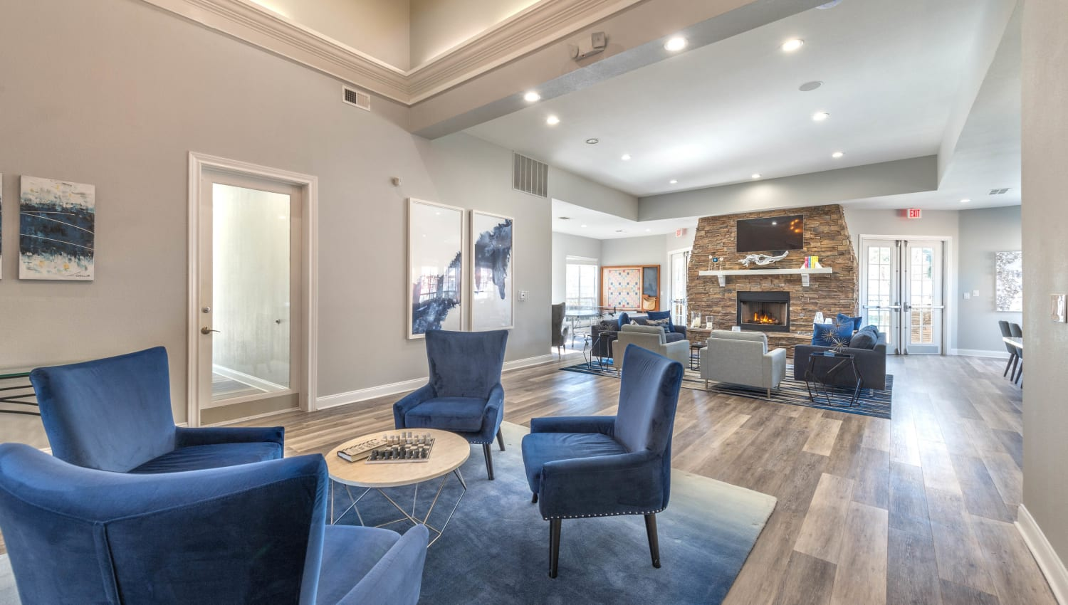 Classic furnishings in the clubhouse lounge at Olympus Stone Glen in Keller, Texas