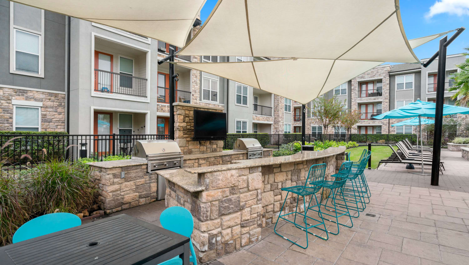 BBQ grills at Olympus Grand Crossing in Katy, Texas
