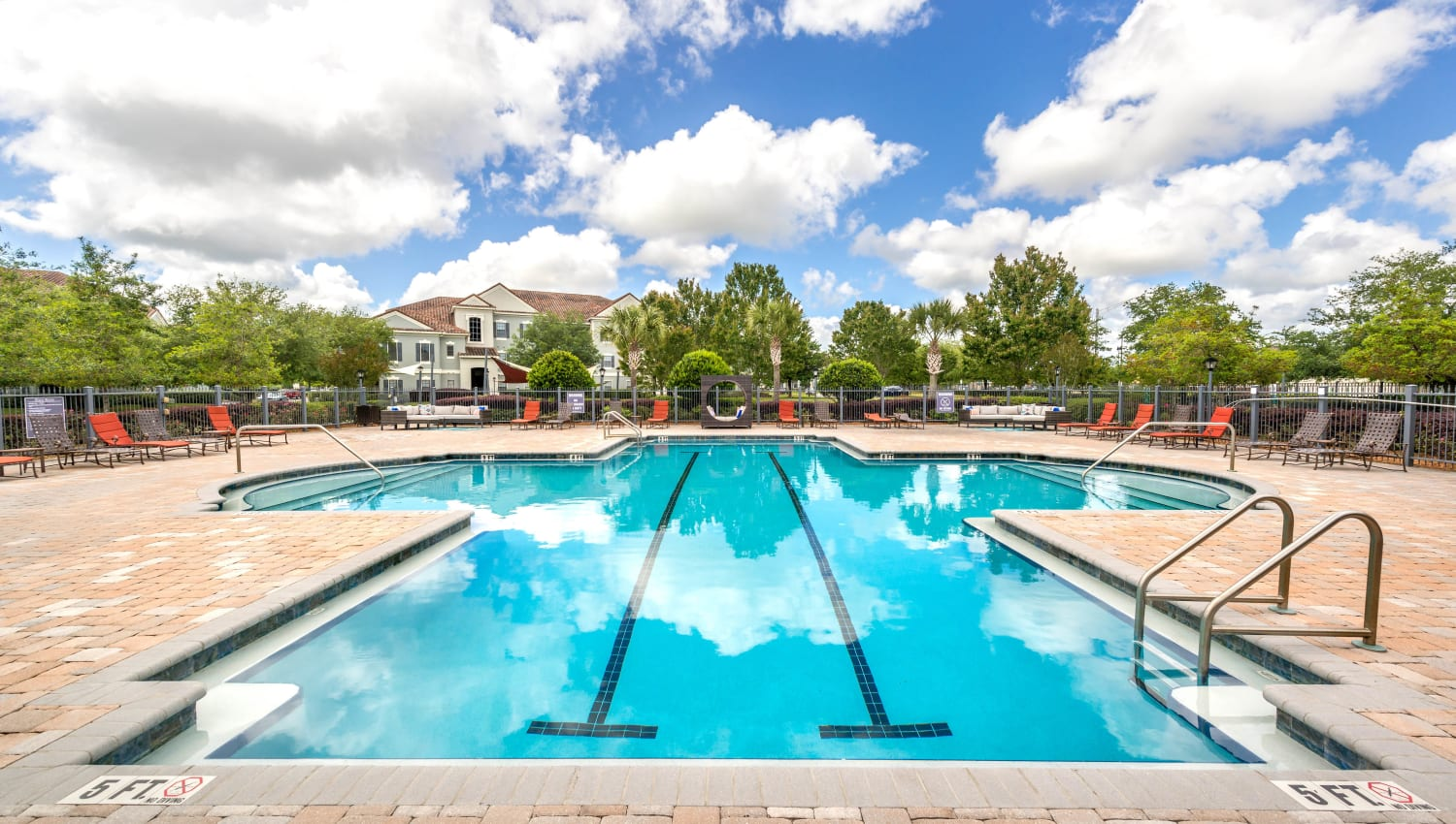 Lap lanes in the swimming pool at Mirador & Stovall at River City in Jacksonville, Florida