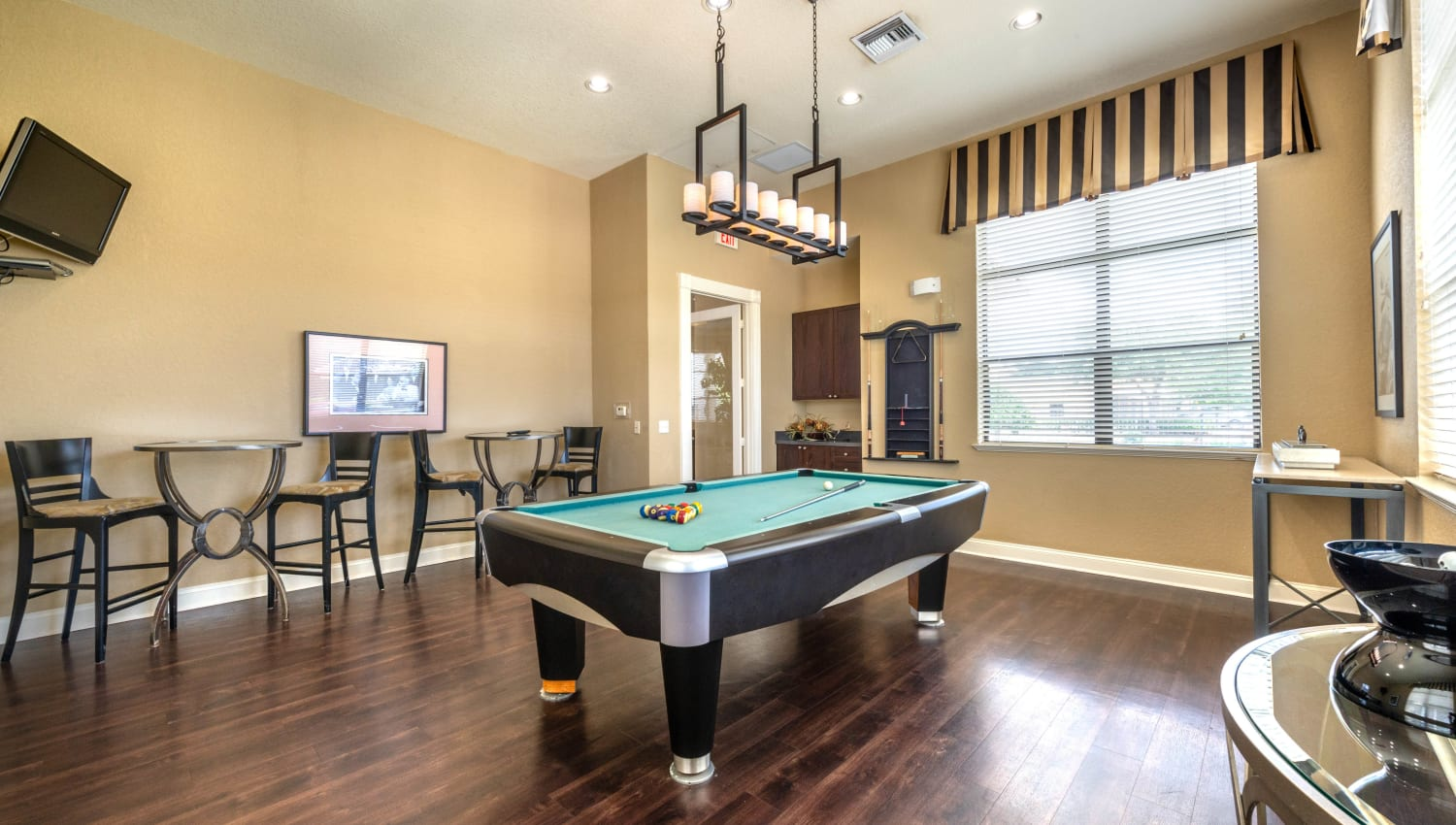 Billiards table in the game room at Mirador & Stovall at River City in Jacksonville, Florida