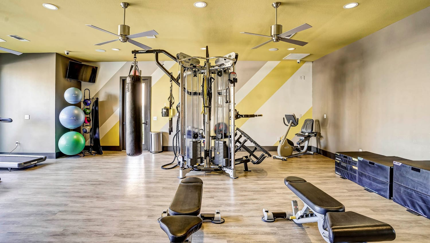 Well-equipped onsite fitness center at Sundance Creek in Midland, Texas
