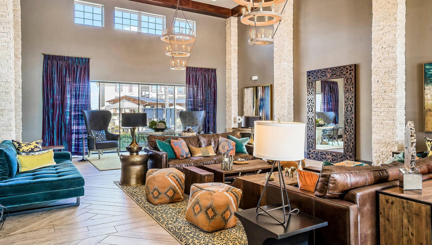 Luxurious resident clubhouse lounge at Sundance Creek in Midland, Texas