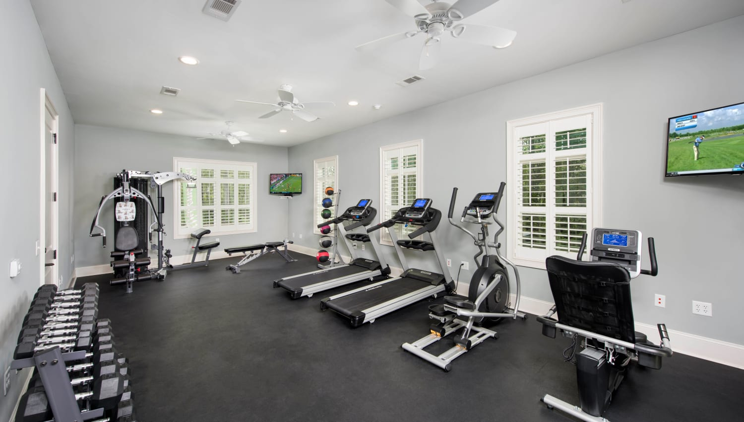 Well-equipped onsite fitness center at The Enclave in Brunswick, Georgia