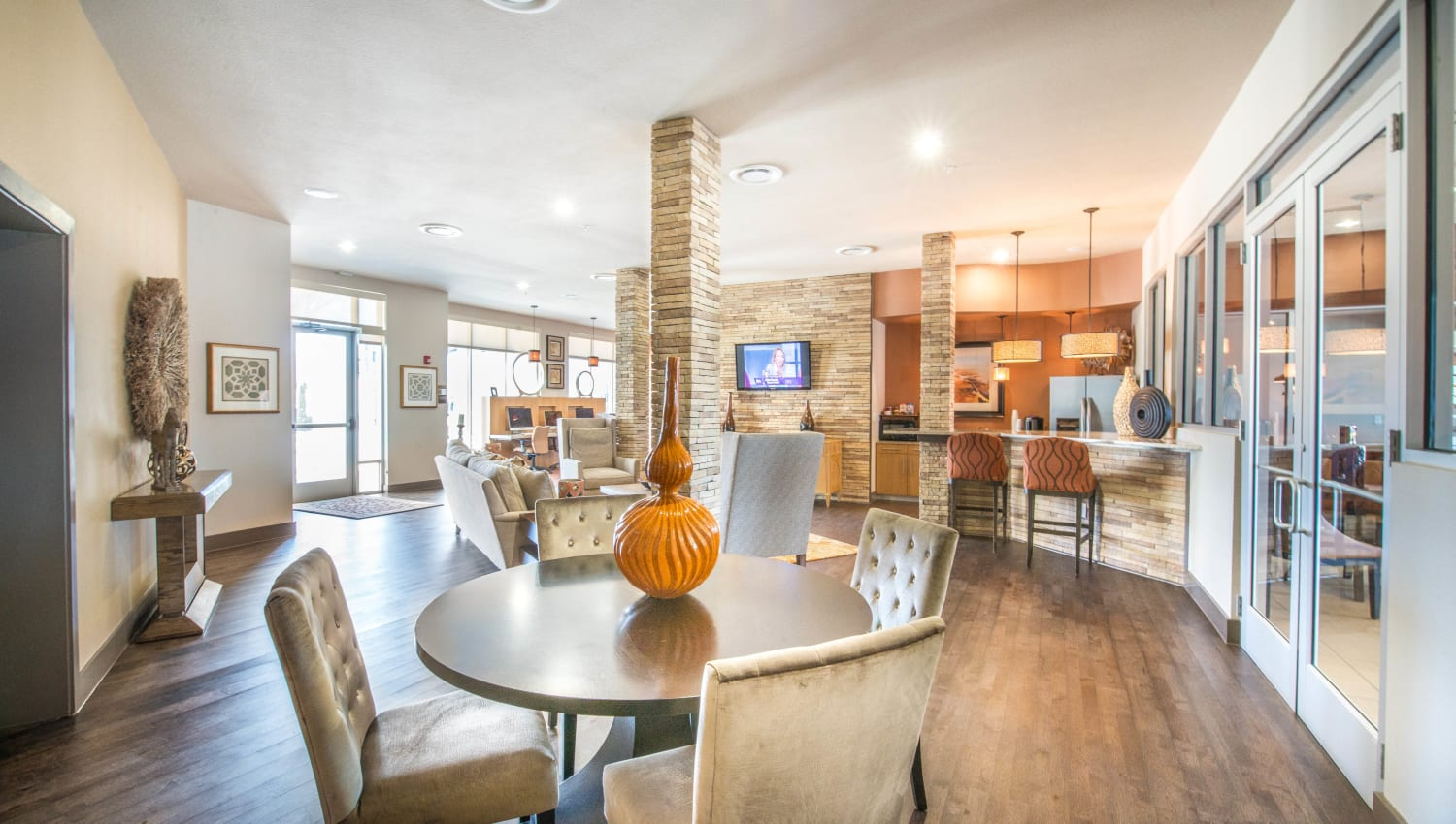 Resident clubhouse lounge at Union At Carrollton Square in Carrollton, Texas