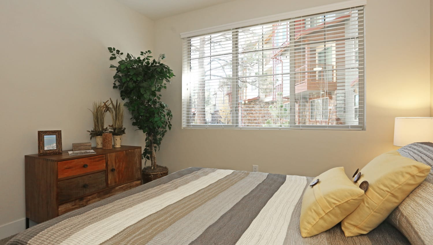 Big windows in a resident bedroom at Mountain Trail in Flagstaff, Arizona