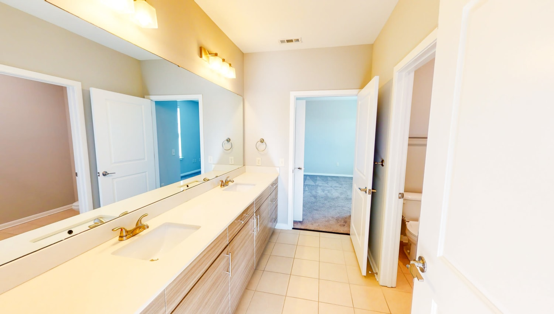 Large bathroom at The Palmer in Charlotte, North Carolina