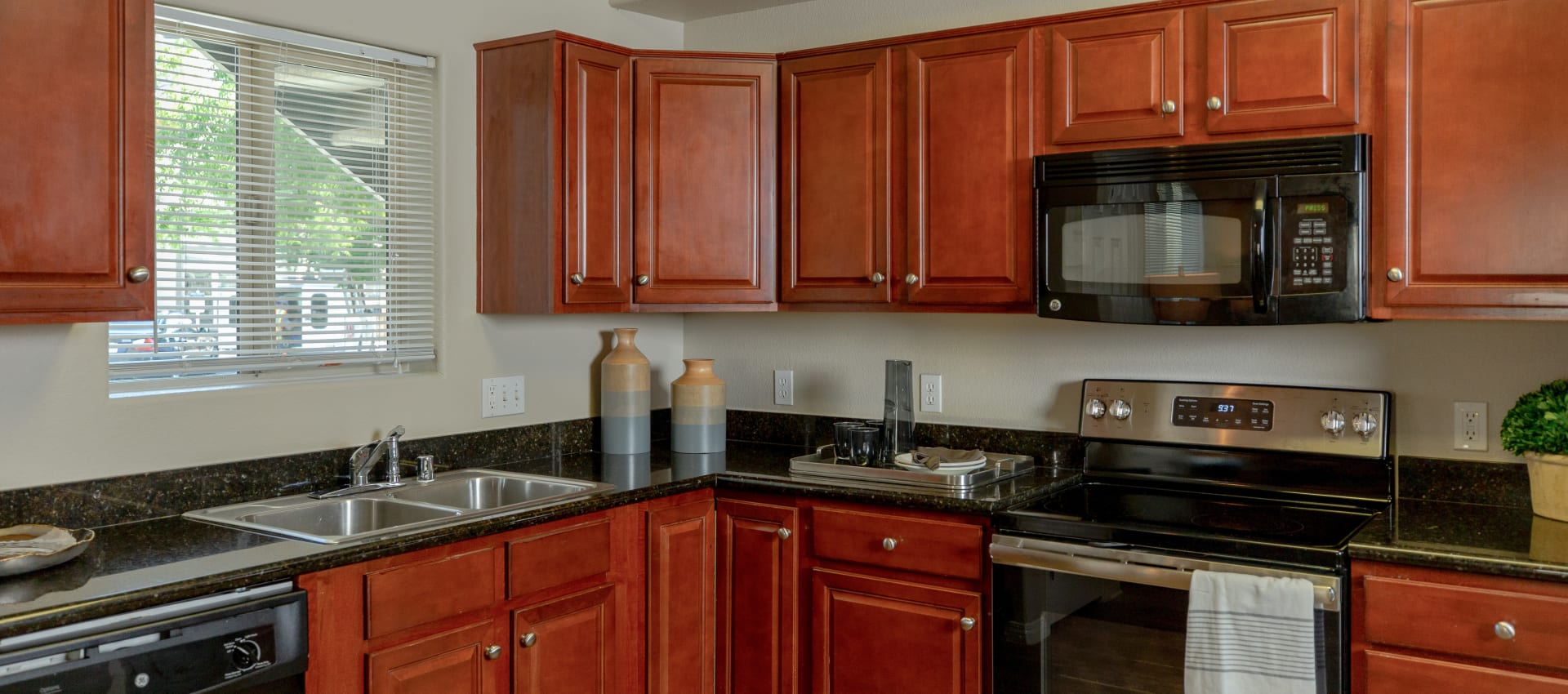 Kitchen at Wolf Ranch Condominium Rentals in Sacramento