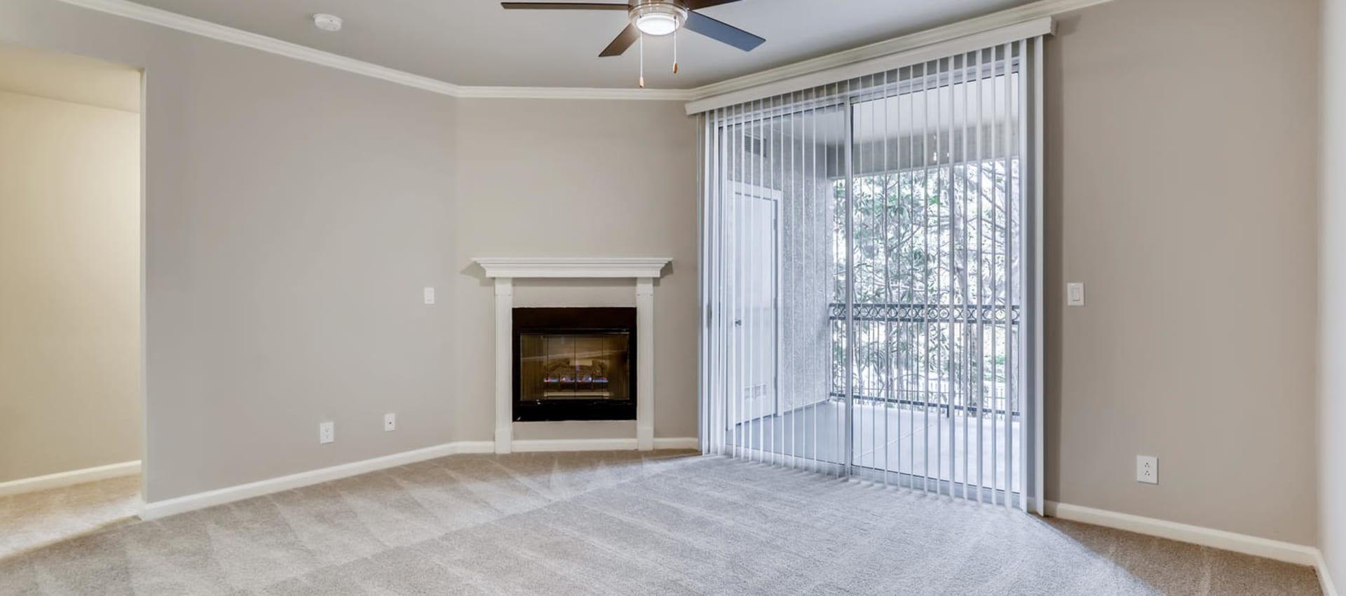 Living Room at Alize at Aliso Viejo Apartment Homes in Aliso Viejo, California