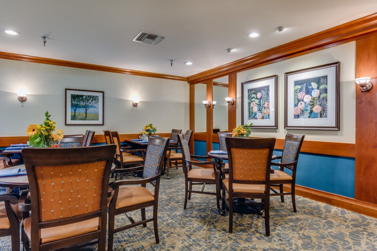 The Firs offers a dining area in Olympia, Washington