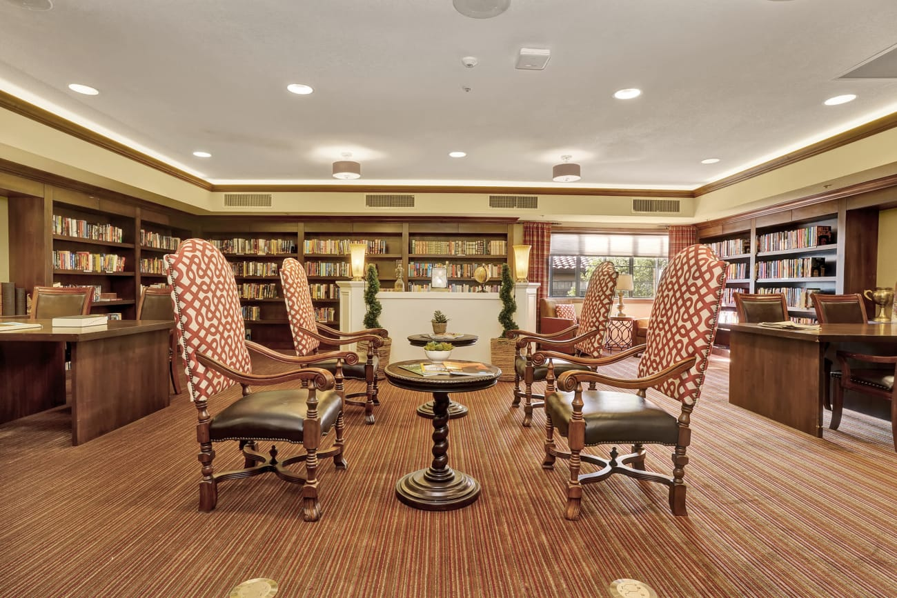 The Country Club of La Cholla library seating