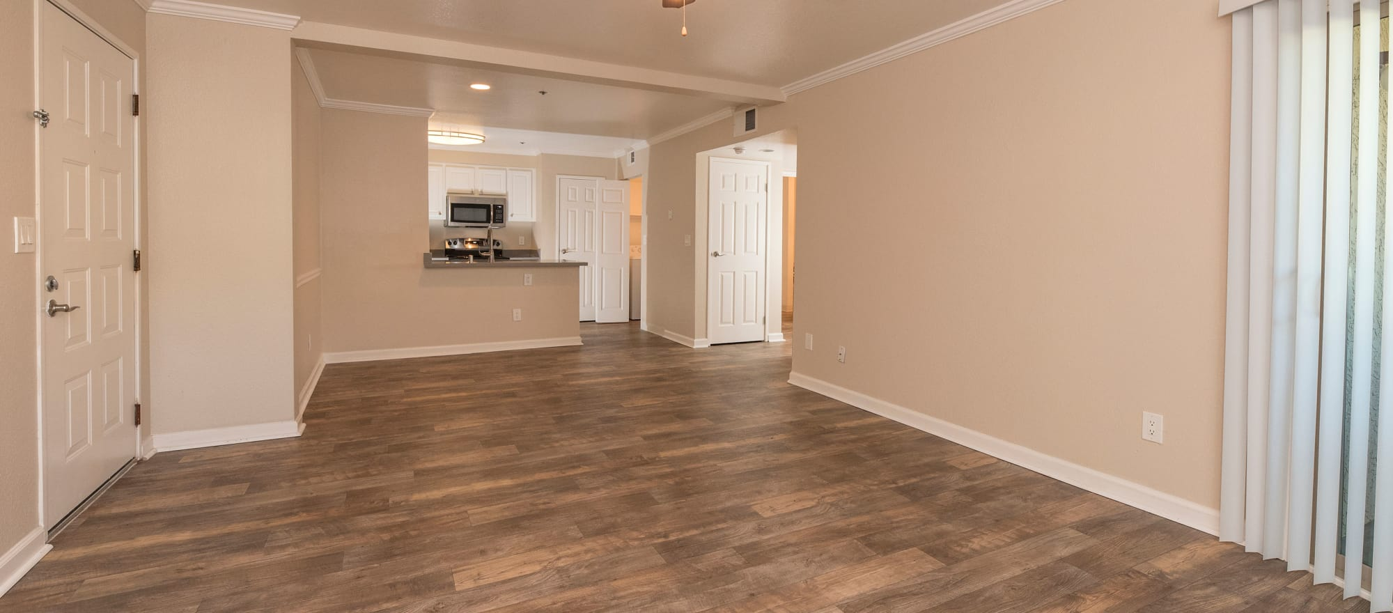 Spacious room at Sterling Heights Apartment Homes in Benicia, California