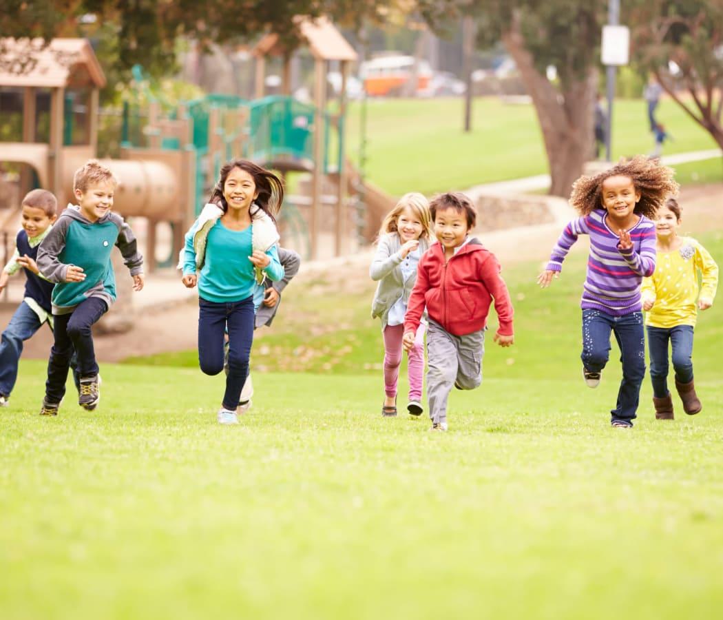 children running near The Fairways in Worcester, Massachusetts