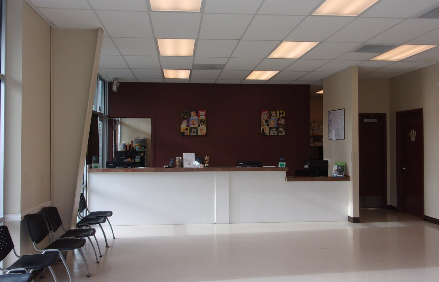 Front desk at Value Pet Clinic - Tacoma in Tacoma