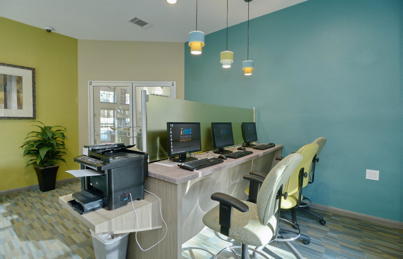 Business center with computers for resident use at IMT At The Medical Center in Houston, Texas