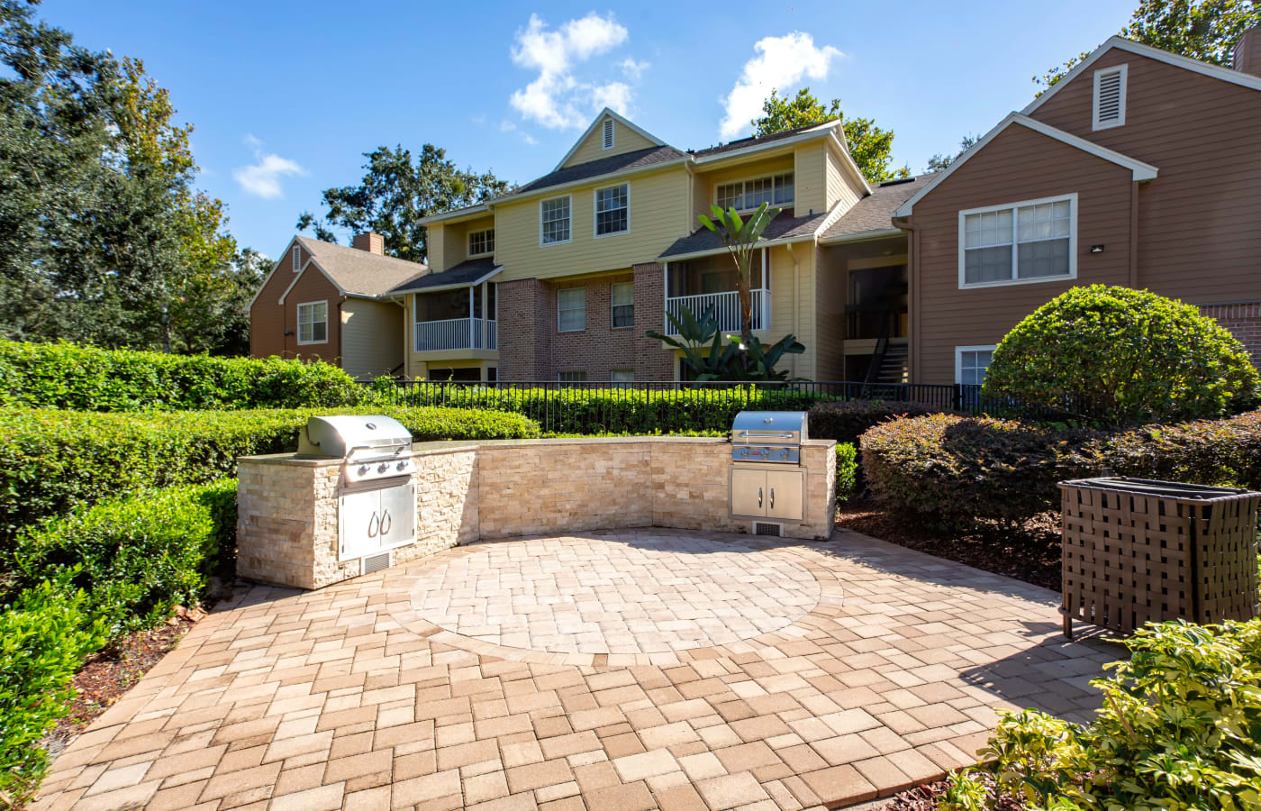 Barbecue area with gas grills at IMT Newport Colony in Casselberry, Florida