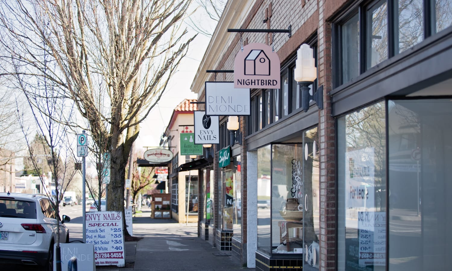 Retail shops near Grant Park Village in Portland, OR