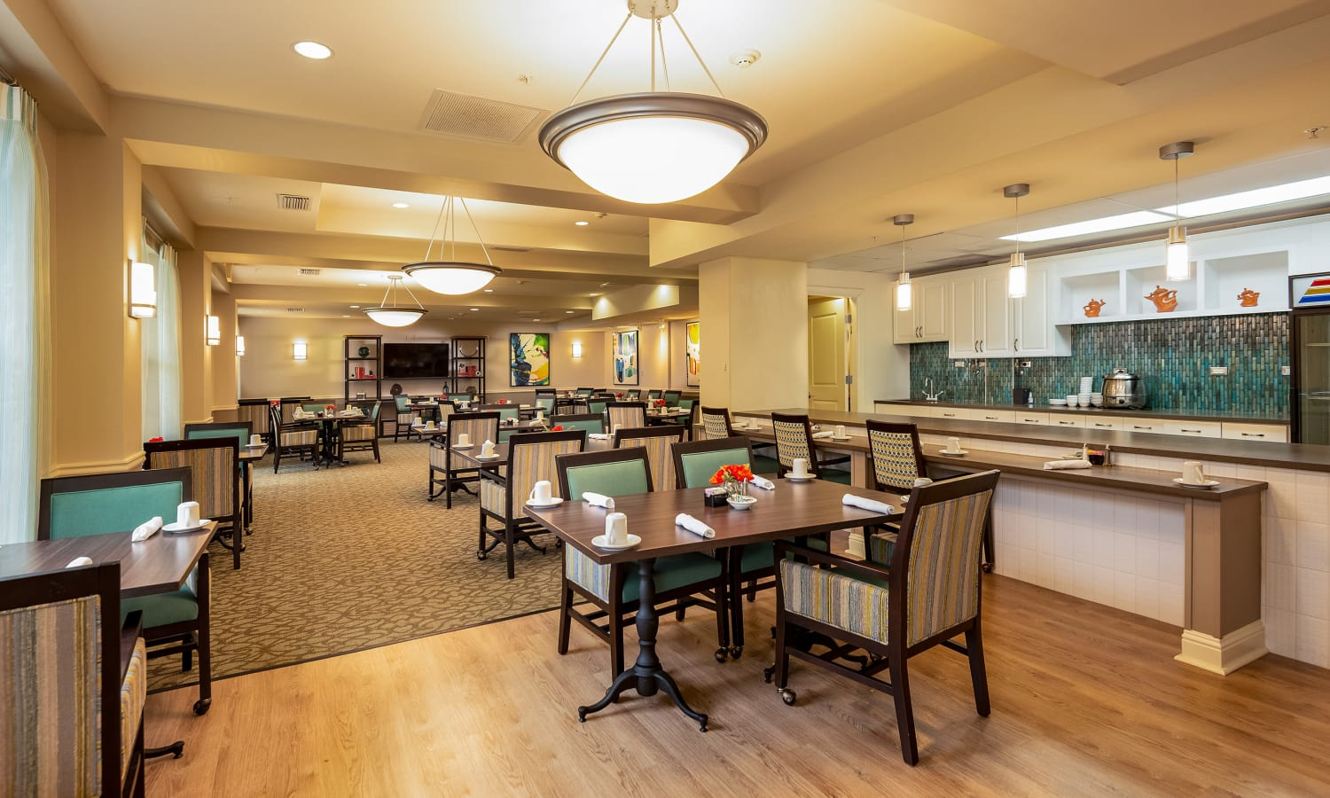 kitchen and dining area at Prestonwood Court in Plano, Texas