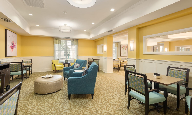 quite lounge at Prestonwood Court in Plano, Texas