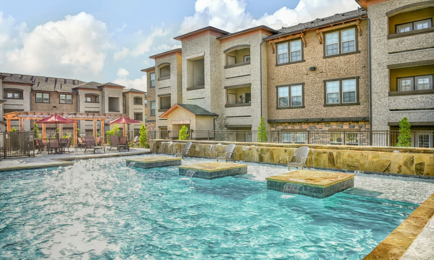 A beautiful pool at Overlook Ranch in Fort Worth, Texas