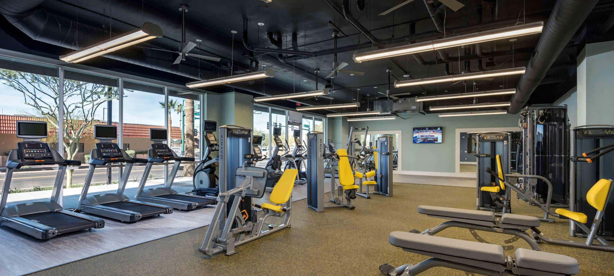 Fully equipped fitness center at Capital Place in Phoenix, Arizona