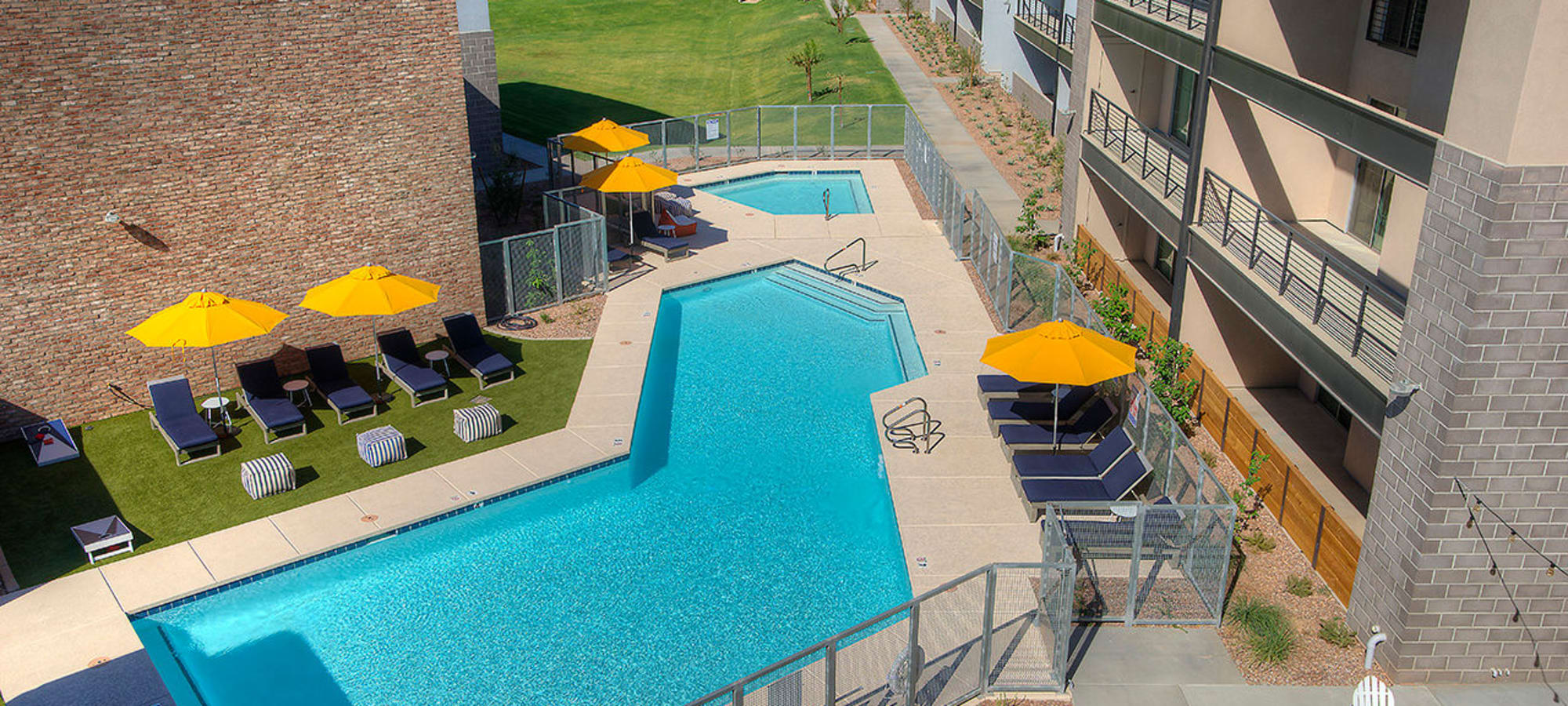 Beautiful swimming pool area at District Lofts in Gilbert, Arizona