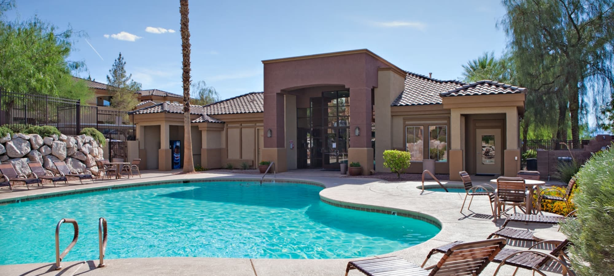 Beautiful swimming pool on a sunny day at Allegro at La Entrada in Henderson, Nevada