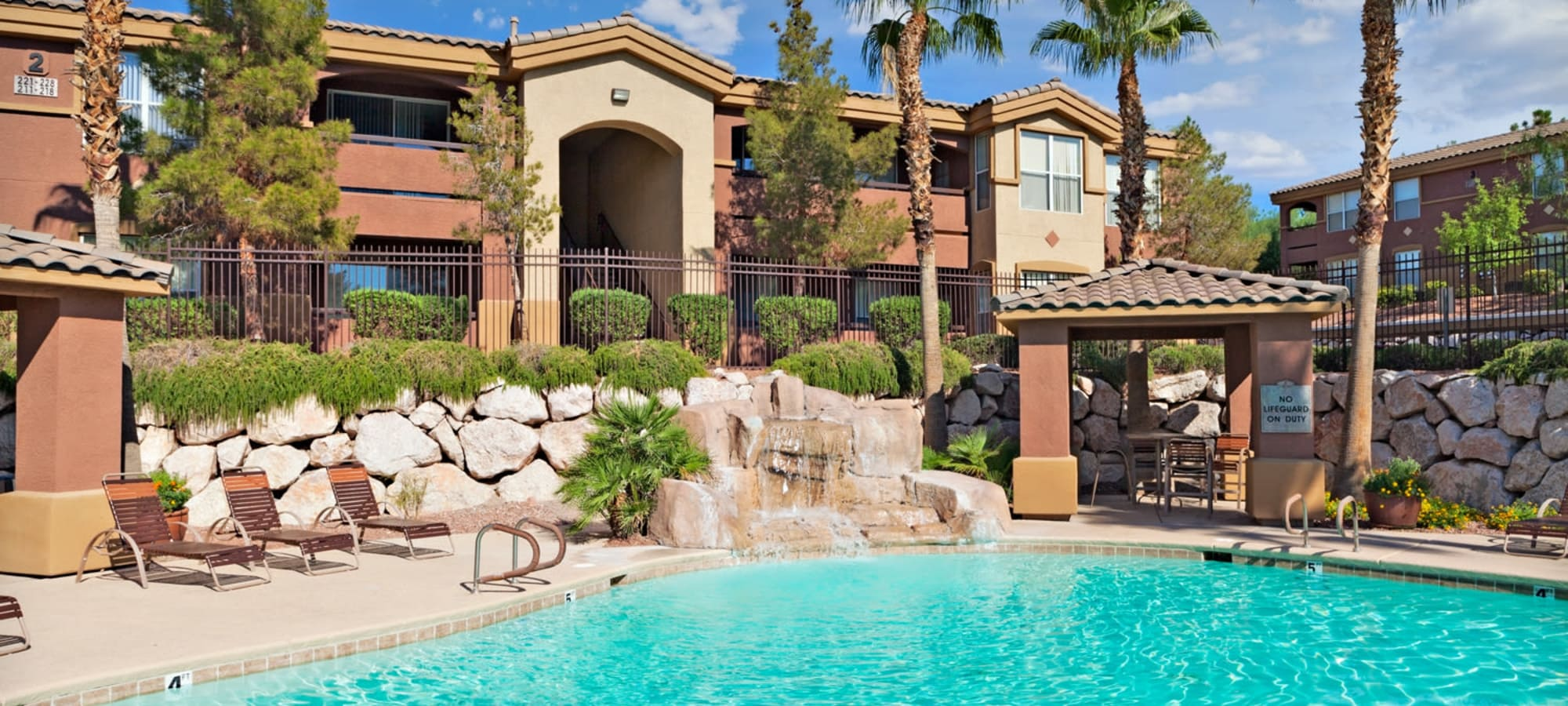 Large sparkling swimming pool in Henderson, Nevada at Allegro at La Entrada