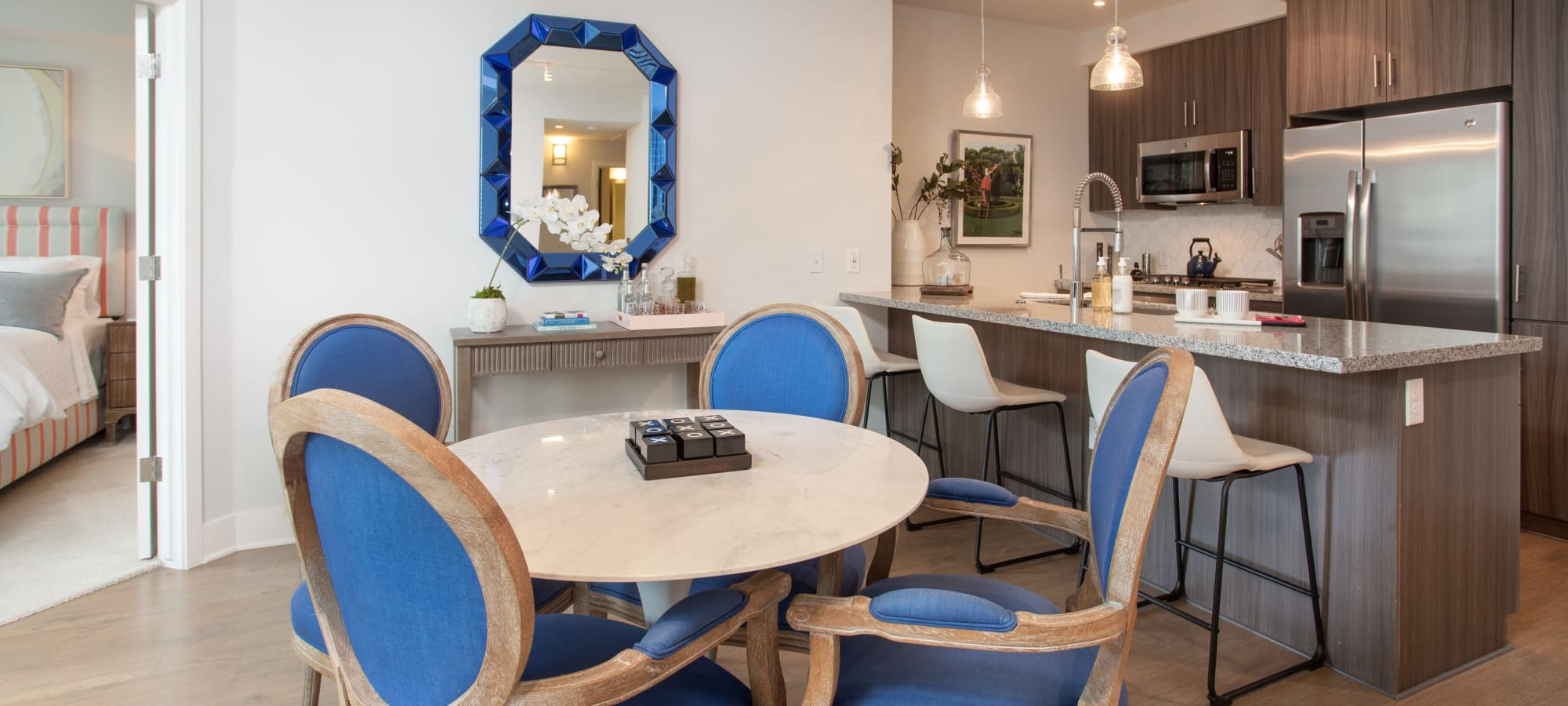 Beautiful contemporary dining table at Lakeside Drive Apartments in Tempe, Arizona