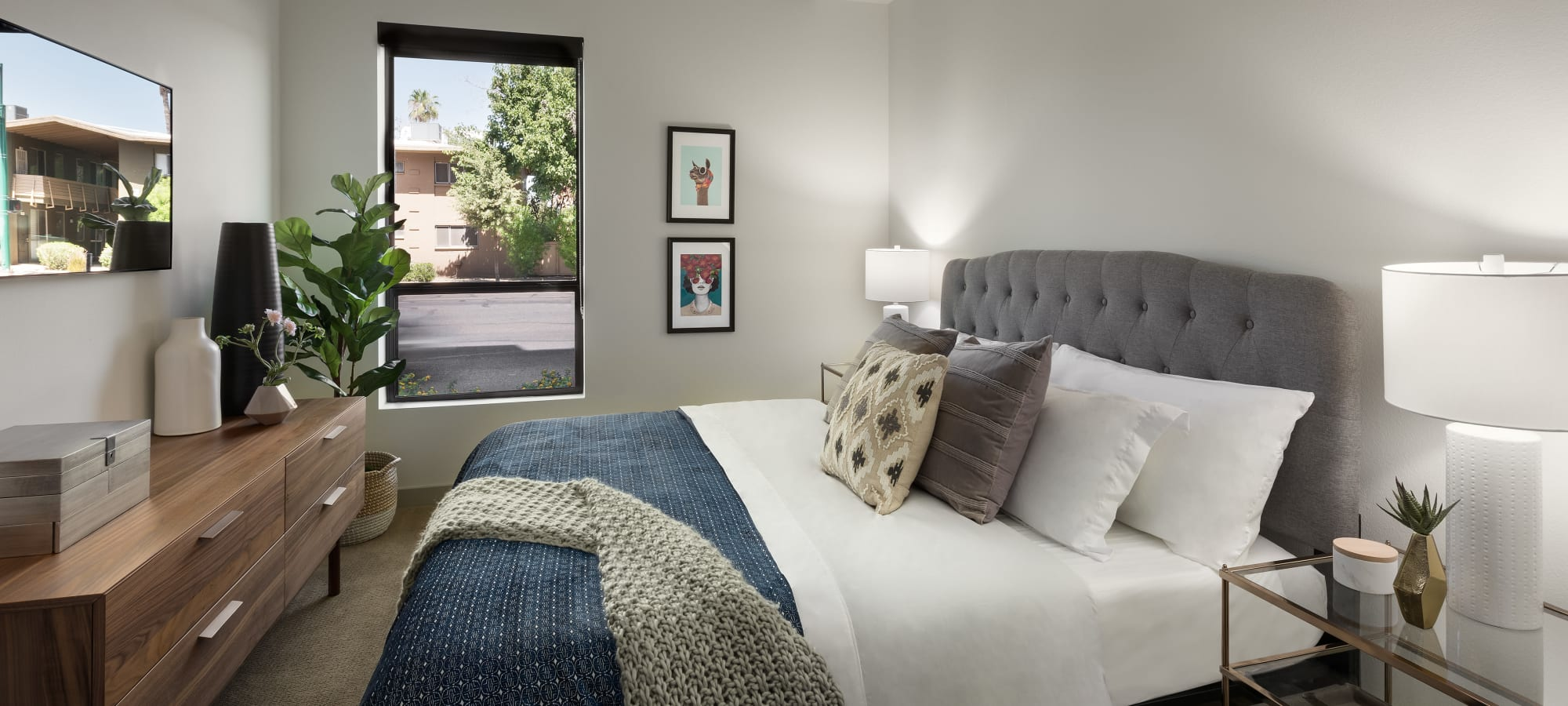 Spacious Bedroom at The Astor at Osborn in Phoenix, Arizona
