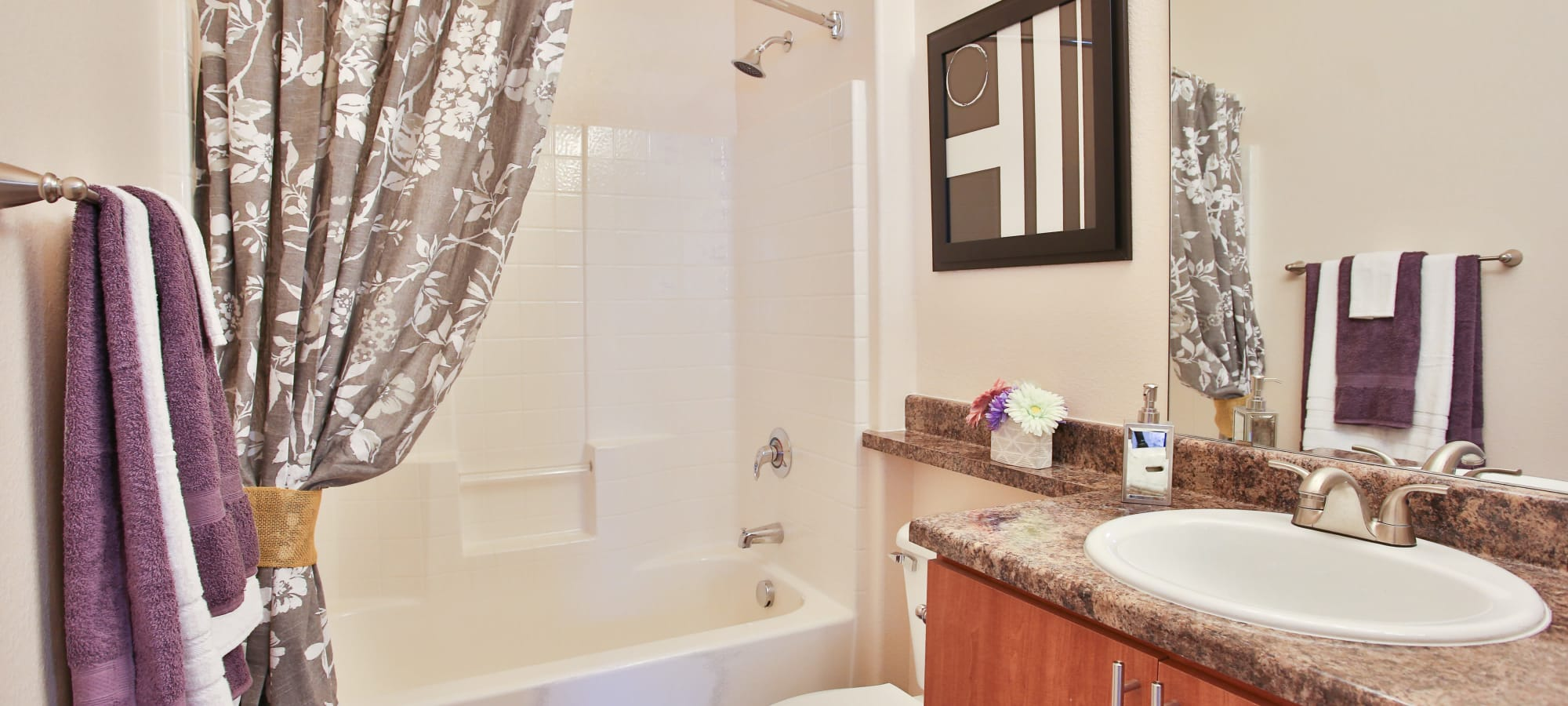 A decorated apartment bathroom at Spectra on 7th South in Phoenix, Arizona