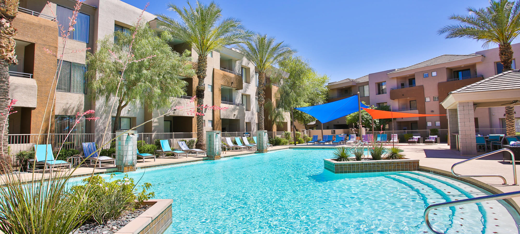 The beautiful community pool at Spectra on 7th South in Phoenix, Arizona
